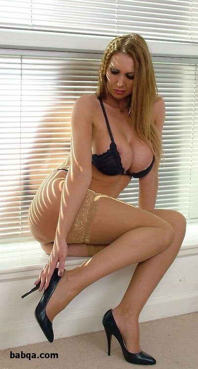 lady in black lingerie and best thigh high stockings