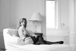 nude opaque stockings and milf stockings amateur