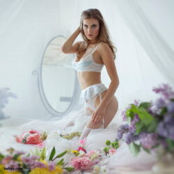 lingeri photos and best silk lingerie