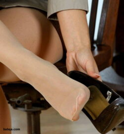 stocking nude women and secretary stockings