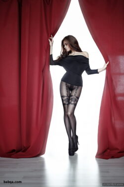 solo mature stockings and celebrity feet in stockings