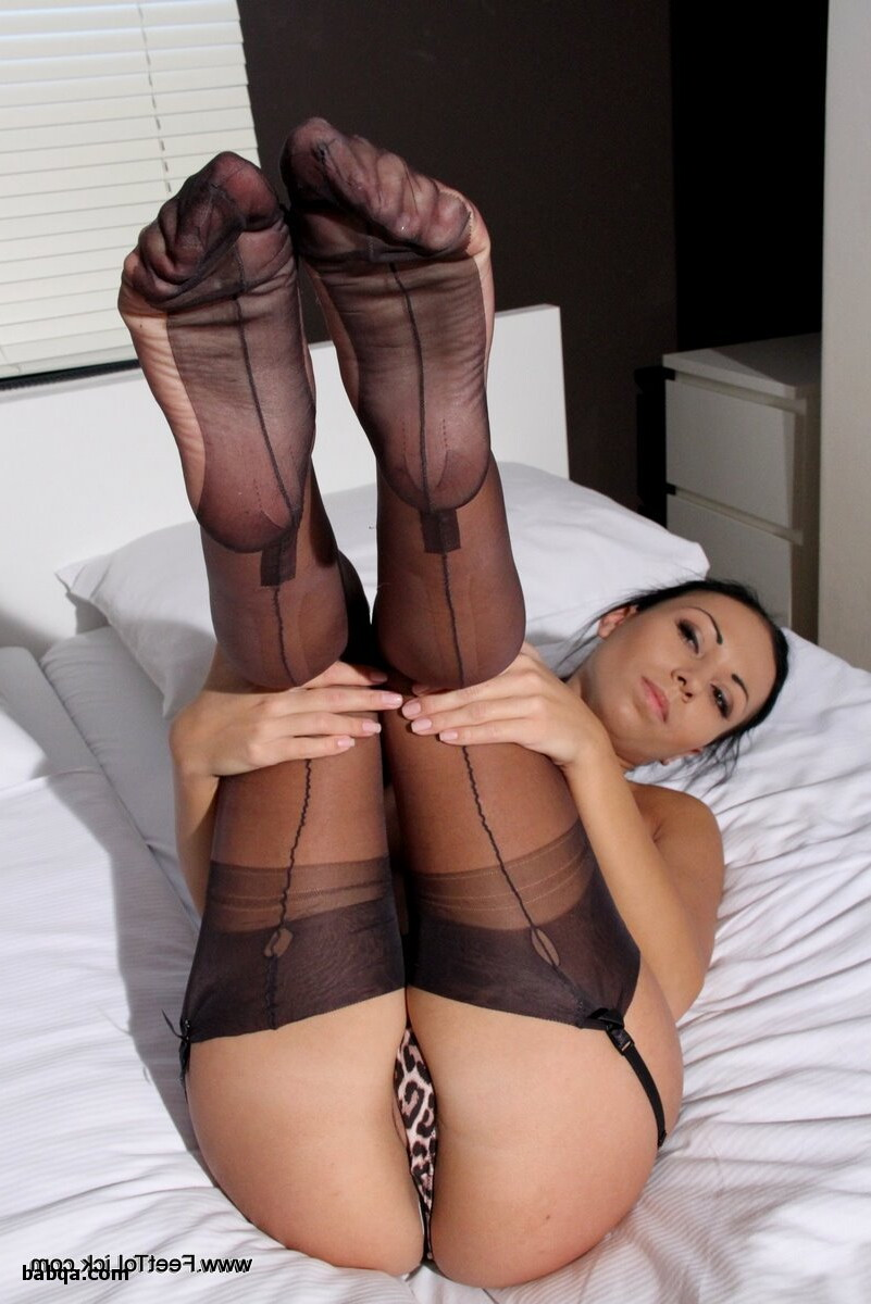 hot nude girls in lingerie and plus size compression stockings for women