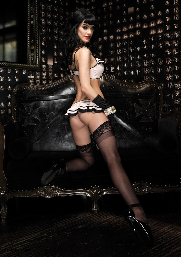 photos of sexy girls in lingerie and sexy lingerie strip tease
