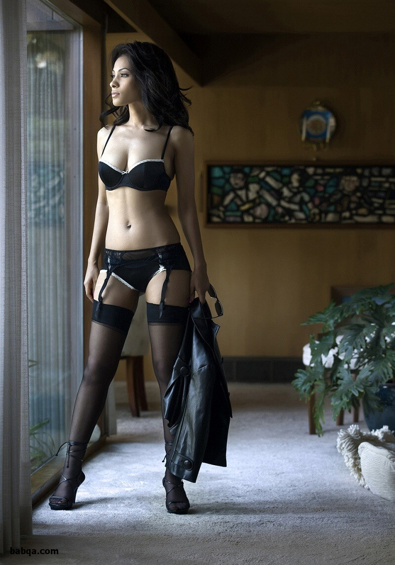 naked girls with stockings and kylie jenner stockings