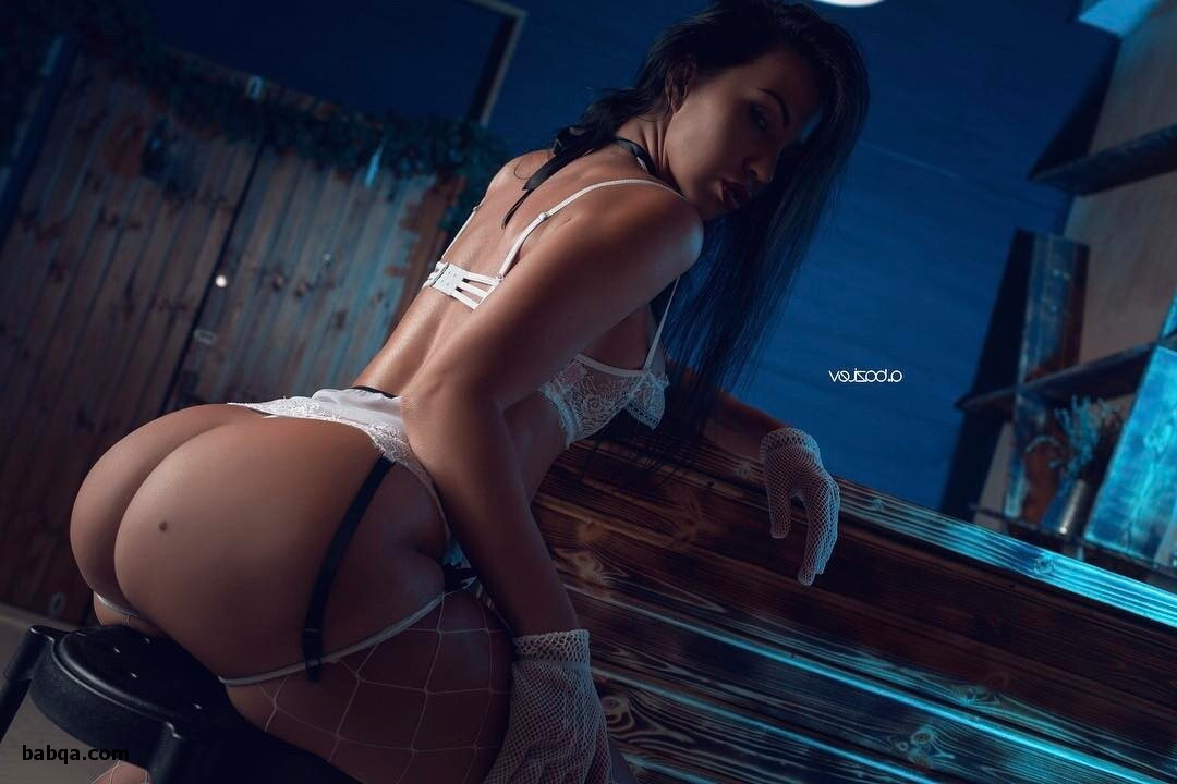 free photos of women and beautiful lingerie pics