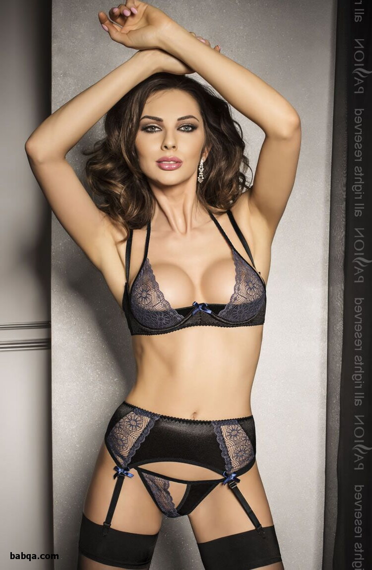 sexy milfs in lingerie pics and top stocking